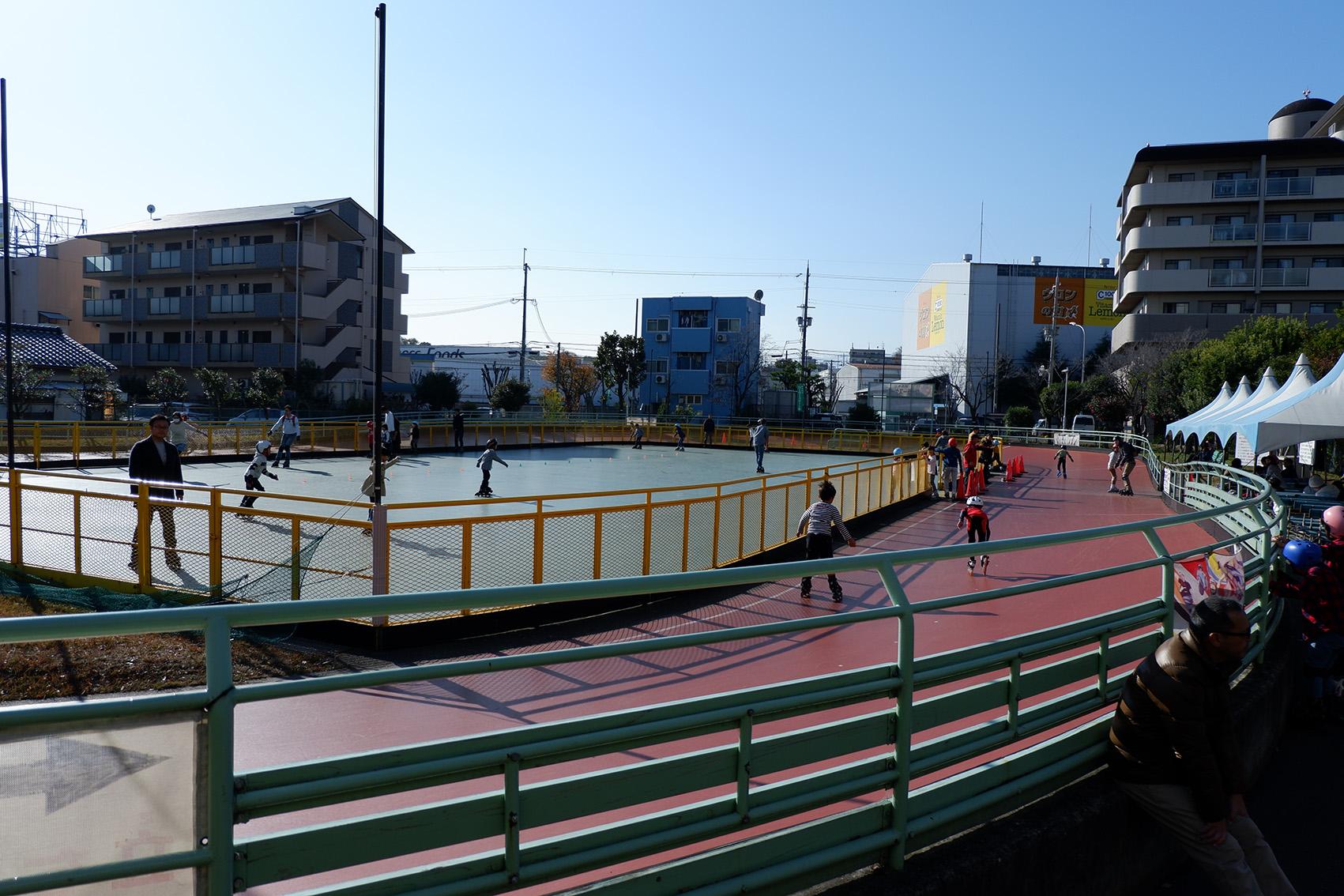 伊丹市,ローラースケート